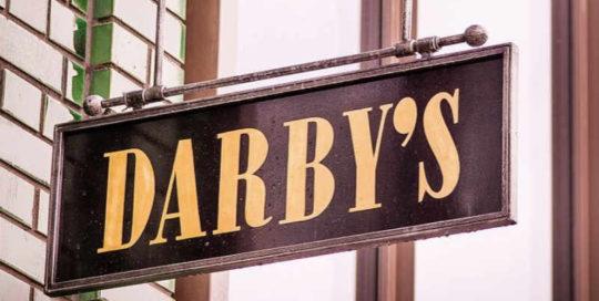 darbys-restarunt.com